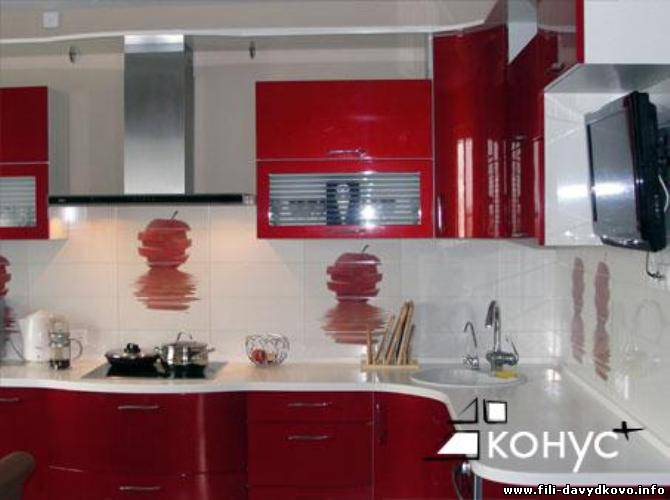 дизайн кухни бордового цвета фото